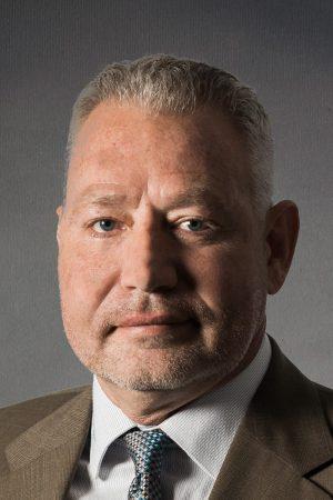 Billy Busch Headshot